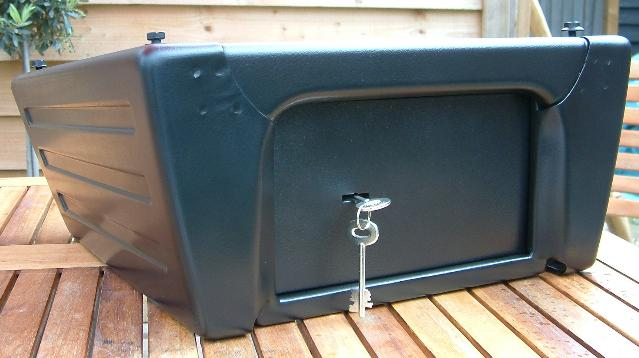 VW SEAT BASE WITH PRI RESISTANT SAFE. seatbaseclosed